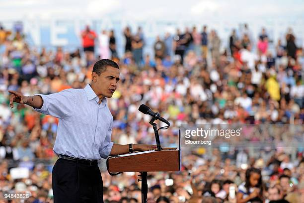 Senator Barack Obama of Illinois Democratic presidential candidate speaks to supporters during a campaign rally in Henderson Nevada US on Saturday...
