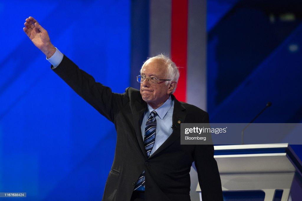 Candidates Attend Third 2020 Democratic Presidential Debates : News Photo