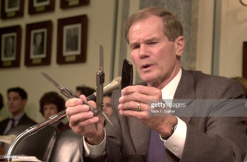Senator Bill Nelson (D-Fla) displays a utility tool, with blades out, that along with a box cutter identical to the one used by terrorist that hijacked four airliners on September 11, 2001, was smuggled through airport securtiy in Florida this past Friday in an excercise by undercover agents to detect flaws in our 'new' security standards.