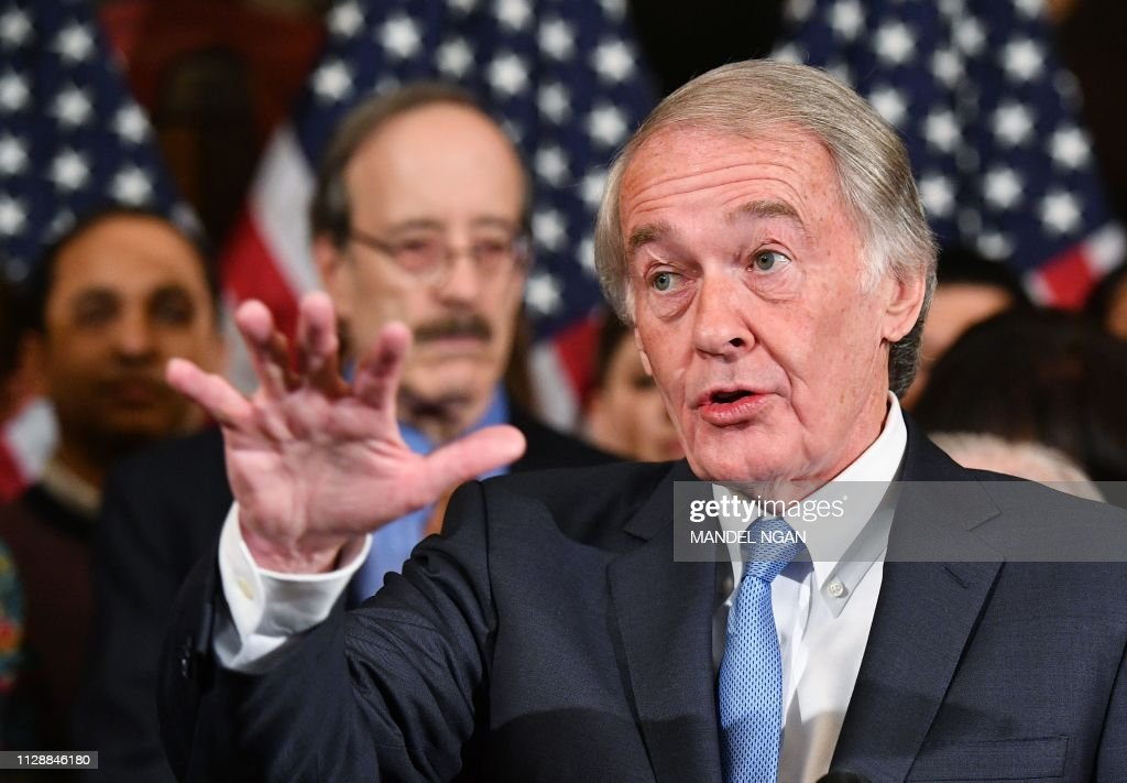 US-POLITICS-CONGRESS-NET-NEUTRALITY-IT : News Photo