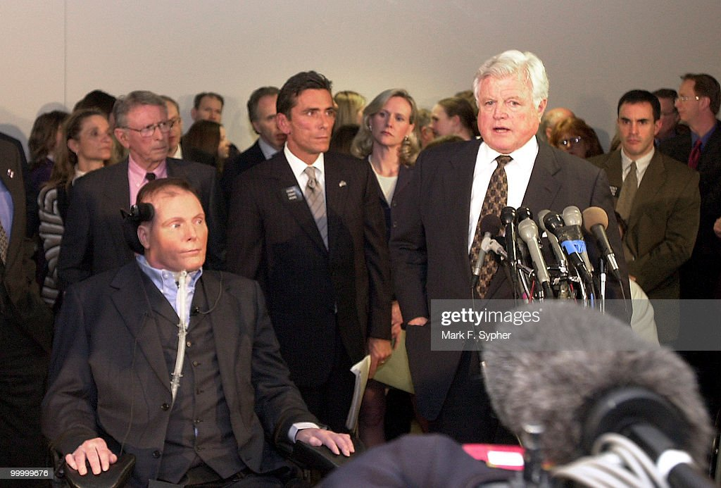 Senator Edward M. Kennedy (D-MA) joined Christopher Reeve and a host of media before the full committee hearing on Tuesday which examined the dangers of cloning and the promise of regenerative medicine, in the Hart Building