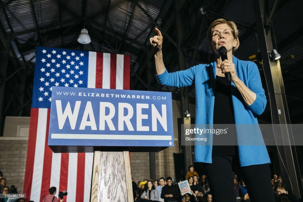 Elizabeth Warren Holds Event On Super Tuesday : News Photo
