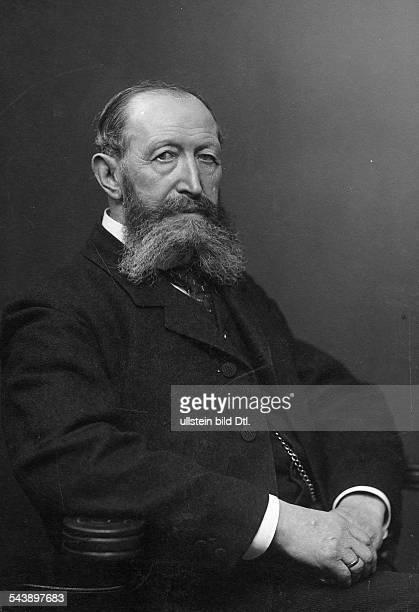 Senator Hermann Physician Internist Germany*06121834 Portrait undated Photographer Wilhelm FechnerVintage property of ullstein bild