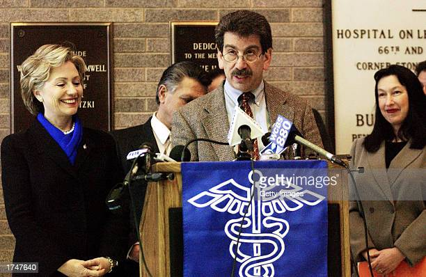S Senator Hillary Rodham Clinton and Mount Sinai Hospital's Dr Stephan Levin and Dr Robin Herbert announce the preliminary findings of a health...