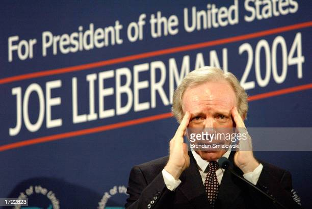 S Senator Joe Lieberman announces his candidacy for the 2004 presidency at his old alma mater Stamford High School January 13 2003 in Stamford...