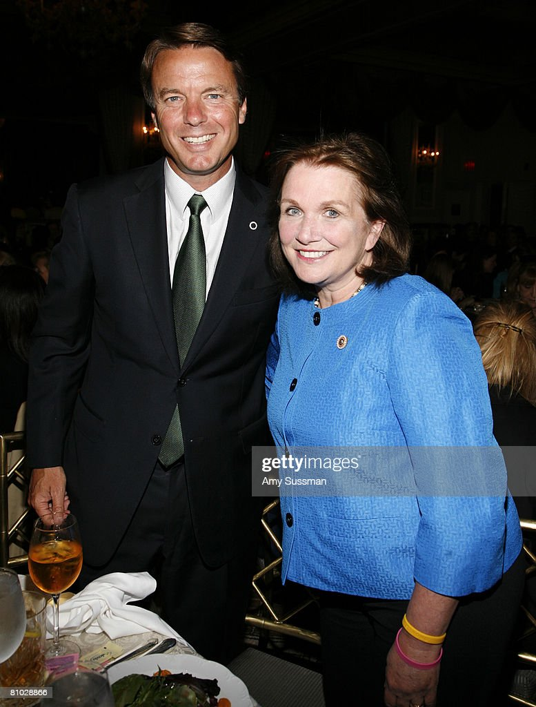 Senator John Edwards (L) and Mother of the Year honoree Elizabeth Edwards (R) attend the 30th Annual 'Outstanding Mother Awards' at The Pierre New York Hotel on May 8, 2008 in New York City.