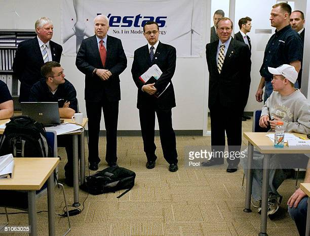 S Senator John McCain visits with students during a class at the Vestas Wind Energy Training Facility May 12 2008 in Portland Oregon McCain used the...
