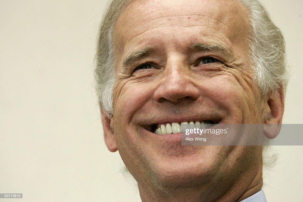 Senator Joseph Biden Speaks About Iraq Policy : News Photo