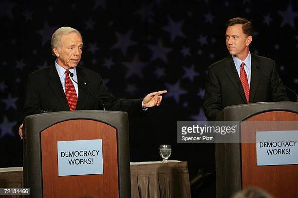 Senator Joseph Lieberman debates with Senate Democratic nominee Ned Lamont October 16 2006 in Stamford Connecticut In a highly divisive campaign...