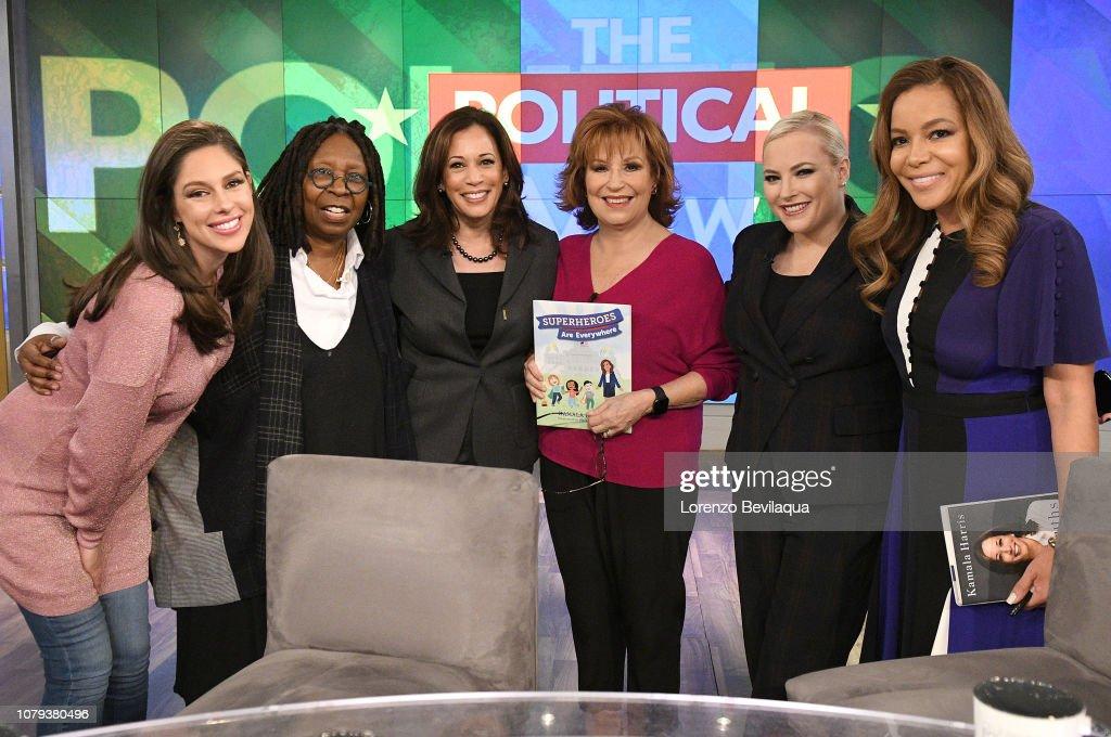 "ABC's ""The View"" - Season 21 : News Photo"