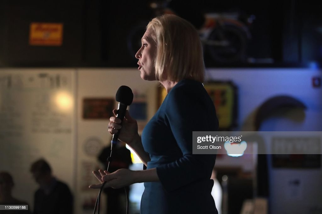 IA: Senator Kirsten Gillibrand Holds Meet & Greets In Iowa
