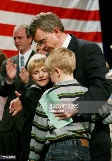 S Senator Mike DeWine hugs two of his grandchildren after his concession speech following his loss to Democrat Sherrod Brown November 7 2006 at the...