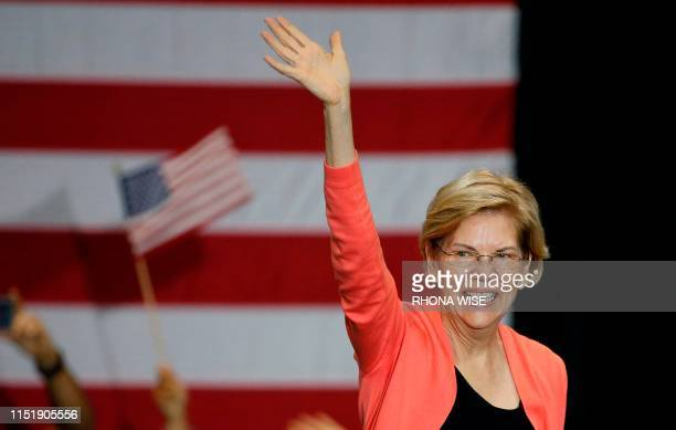 Senator of Massachusetts and Democratic Presidential hopeful Elizabeth Warren gestures as she speaks during a town hall meeting at Florida...