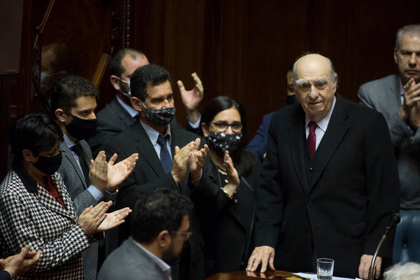 URY: Former Uruguayan Presidents Retire From Active Politics