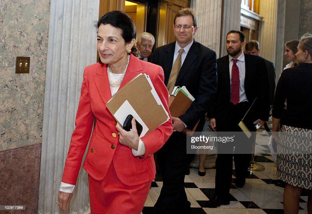 Senate Votes On Financial Regulation Reform Package