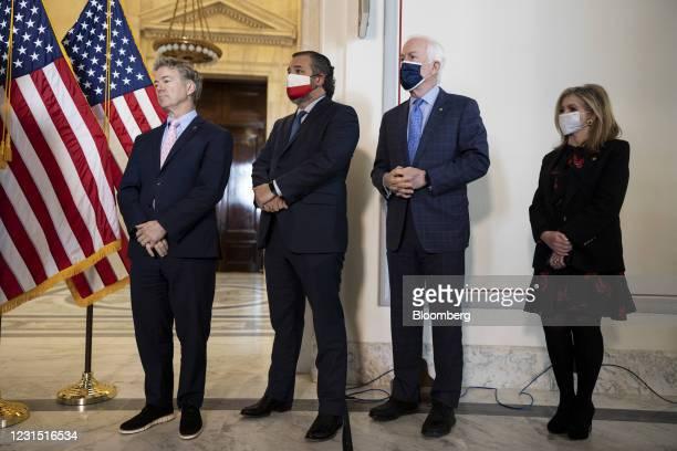 Senator Rand Paul, a Republican from Kentucky, from left, Senator Ted Cruz, a Republican from Texas, Senator John Cornyn, a Republican from Texas,...