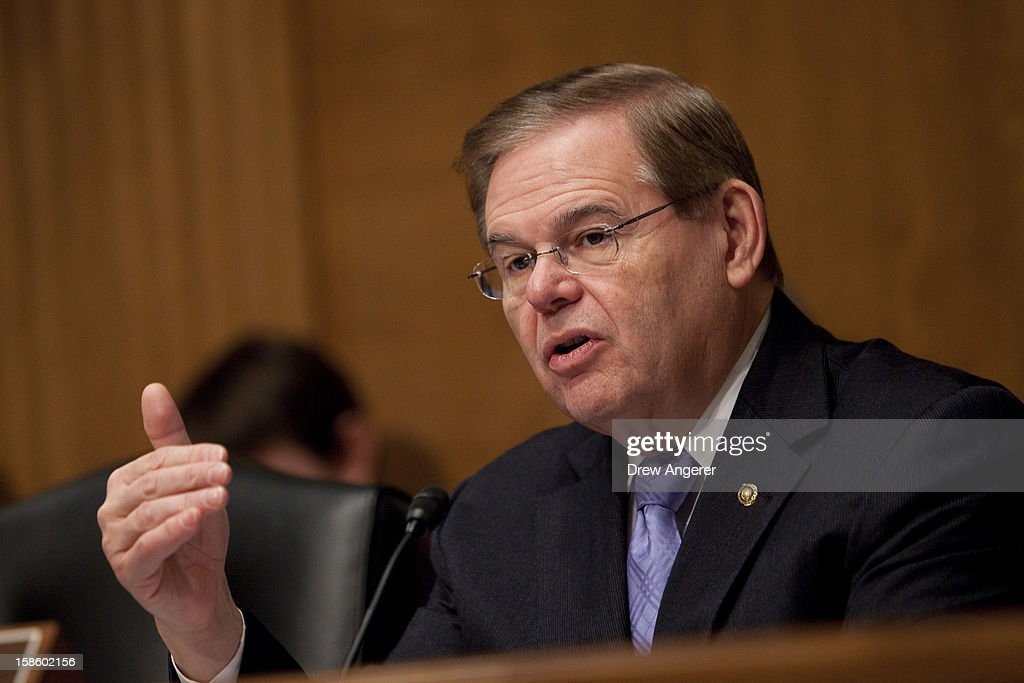 Senate Holds Hearing On Rebuilding Infrastructure After Hurricane Sandy : News Photo