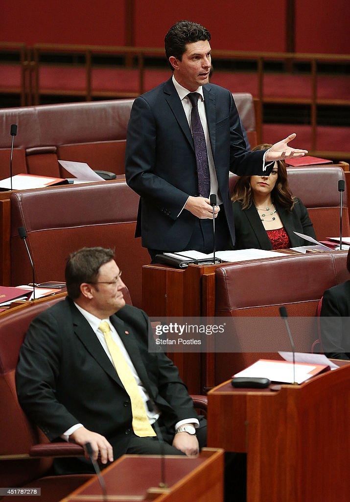 New Senate Sworn In At Parliament And Carbon Tax Key Item On Agenda : News Photo