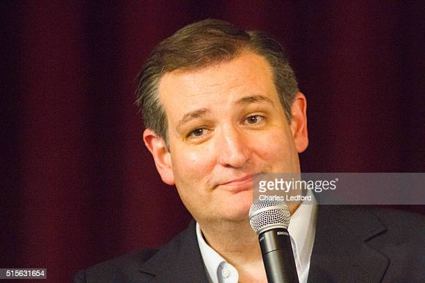 S Senator Ted Cruz speaks at a campaign rally on March 14 2016 in Decatur Illinois The Illinois primary is March 15