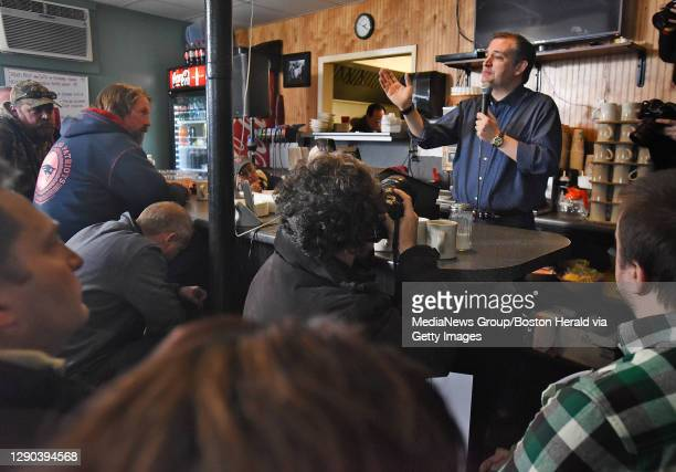 Senator Ted Cruz speaks with potential voters on Tuesday, January 19, 2016 during a campaign stop at Lino's Restaurant. Staff photo by Patrick...
