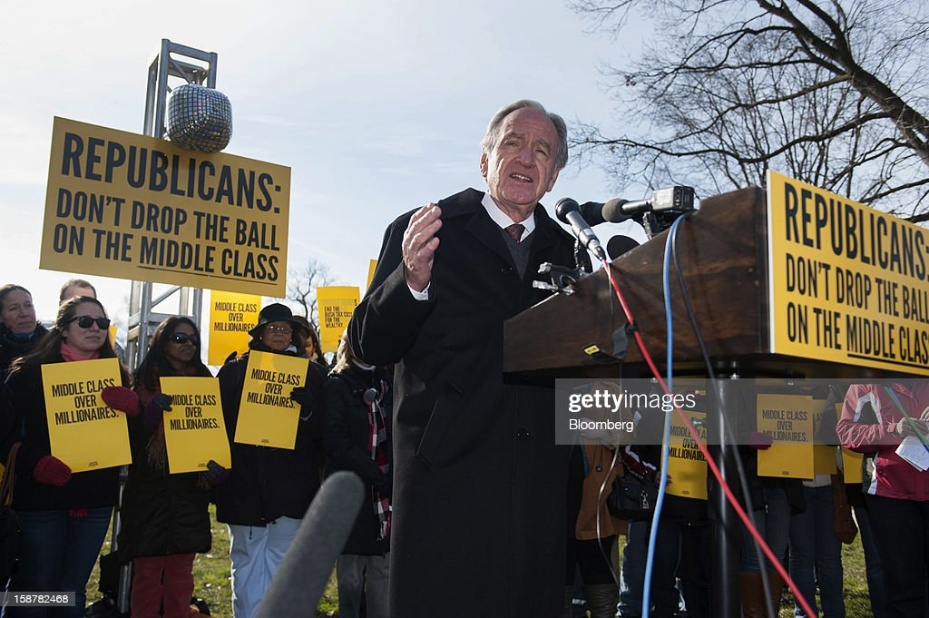 U.S. Senator Tom Harkin, a Democrat from Iowa, speaks at a protest on the grounds of the U.S. Capitol in Washington, D.C., U.S., on Friday, Dec. 28, 2012. President Barack Obama is set to propose a scaled-back package at a meeting with congressional leaders to avert tax and spending changes that could trigger a recession in 2013, a Democratic aide with knowledge of the talks said. Photographer: Jay Mallin/Bloomberg via Getty Images