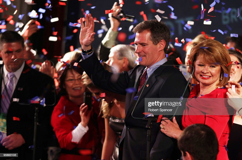 U.S. Senator-elect, Republican Scott Brown and his wife Gail Brown celebrate after he won the Massachusetts U.S. Senate seat January 19, 2010 in Boston, Massachusetts. Brown defeated Democrat Martha Coakley in a special election to fill the seat of late U.S. Senator Edward M. Kennedy.