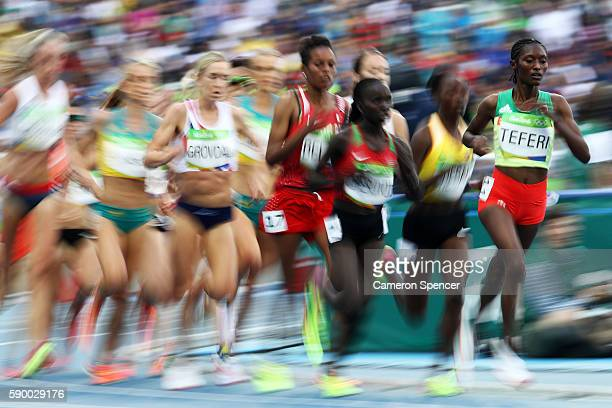 Senbere Teferi of Ethiopia competes during the Women's 5000m Round 1 Heat 2 on Day 11 of the Rio 2016 Olympic Games at the Olympic Stadium on August...