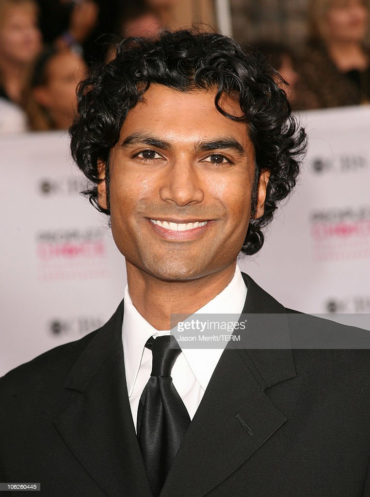 Sendhil Ramamurthy during 33rd Annual People's Choice Awards - Arrivals at Shrine Auditorium in Los Angeles, California, United States.