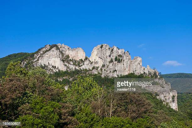 seneca rocks in west virginia, usa - monongahela national forest stock photos and pictures
