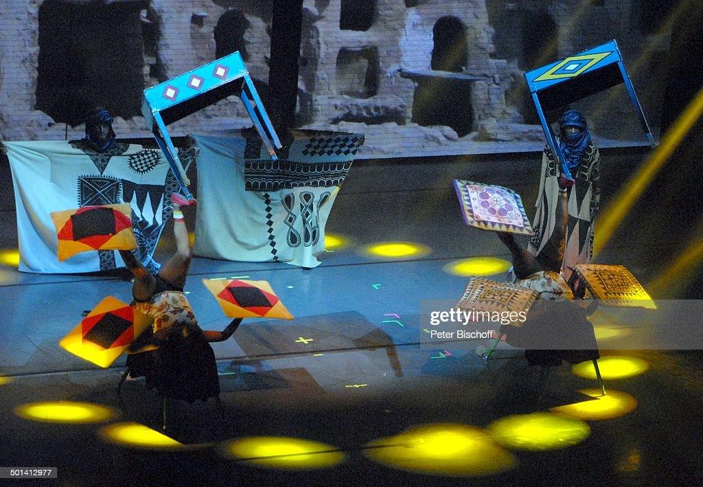 Senegal Dance U0027Afrika Afrikau0027Show U0027MusicalTheateru0027 Bremen Deutschland  Europa Auftritt Bühne Tanz