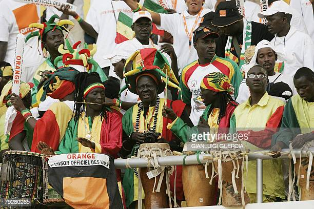 Senegal football team supporters cheers up 27 January 2008 ahead of the 2008 African Cup of Nations match between Senegal and Angola at Tamale...