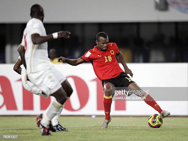 TEAM Senegal forward Flavio Amado 'Flavio' controls the ball 27 January 2008 during the 2008 African Cup of Nations match against Angola at Tamale...