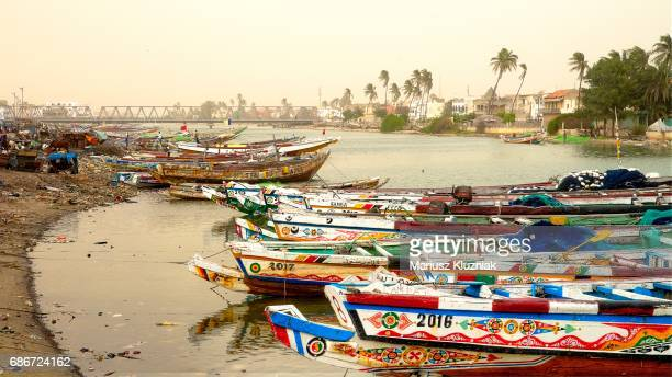senegal river and the city of saint louis, unesco world heritage site, senegal, west africa, africa - senegal fotografías e imágenes de stock