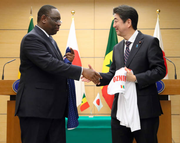 Senegalese president macky sall visits japan photos and images senegalese president macky sall l and japanese prime minister shinzo abe r m4hsunfo