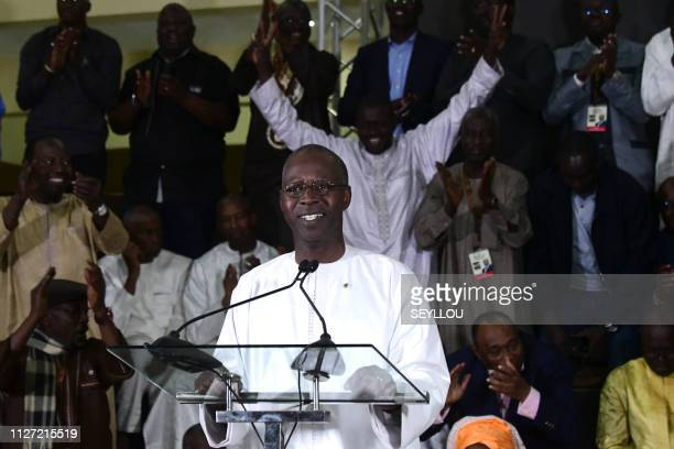 Senegalese Prime Minister Mahammed Buon Abdallah Dionne announces the reelection of President Macky Sal on February 25 2019 in Dakar Senegal's Macky...