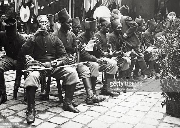Senegalese soldiers of the French colonial troops resting during World War I 1910s