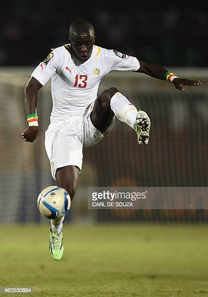 Senegal's defender Cheikh Mbengue controls the ball during the 2015 African Cup of Nations group C football match between South Africa and Senegal in...