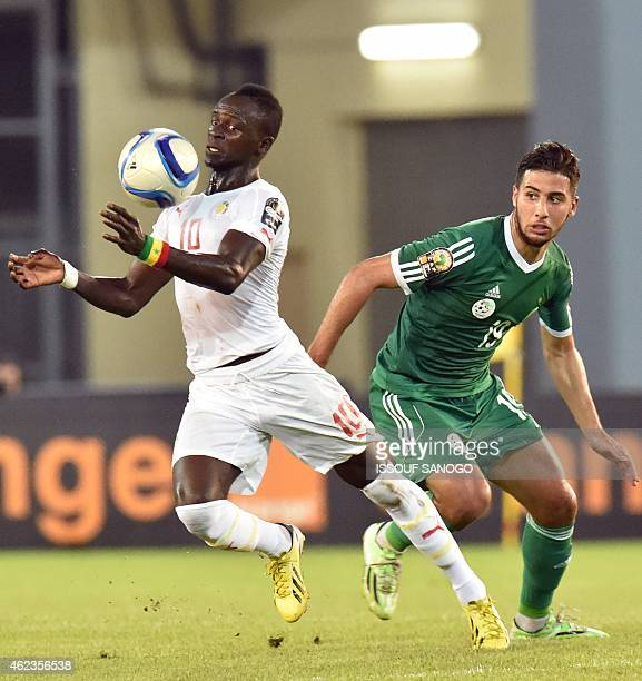 Senegal''s national football team forward Sadio Mane vie with Algerian defender Saphir Taider during the 2015 African Cup of Nations group C football...