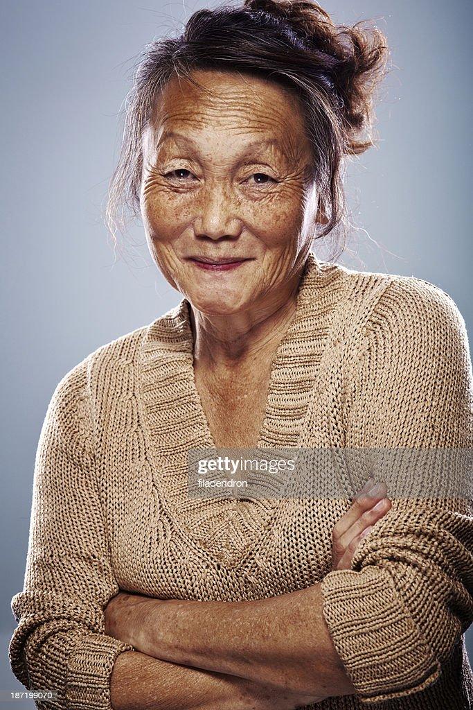 Donna anziana asiatica : Foto stock