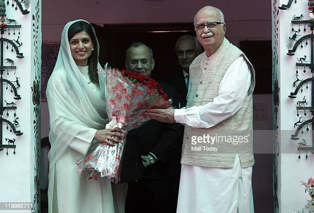 Senior BJP leader LK Advani with Pakistan's Foreign Minister Hina Rabbani Khar at a meeting in New Delhi on Wednesday