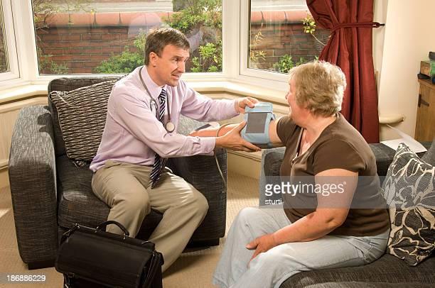 senior blood pressure check