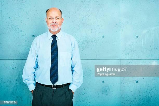 Senior hombre de negocios