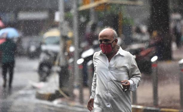 IND: Heavy Rainfall In Mumbai