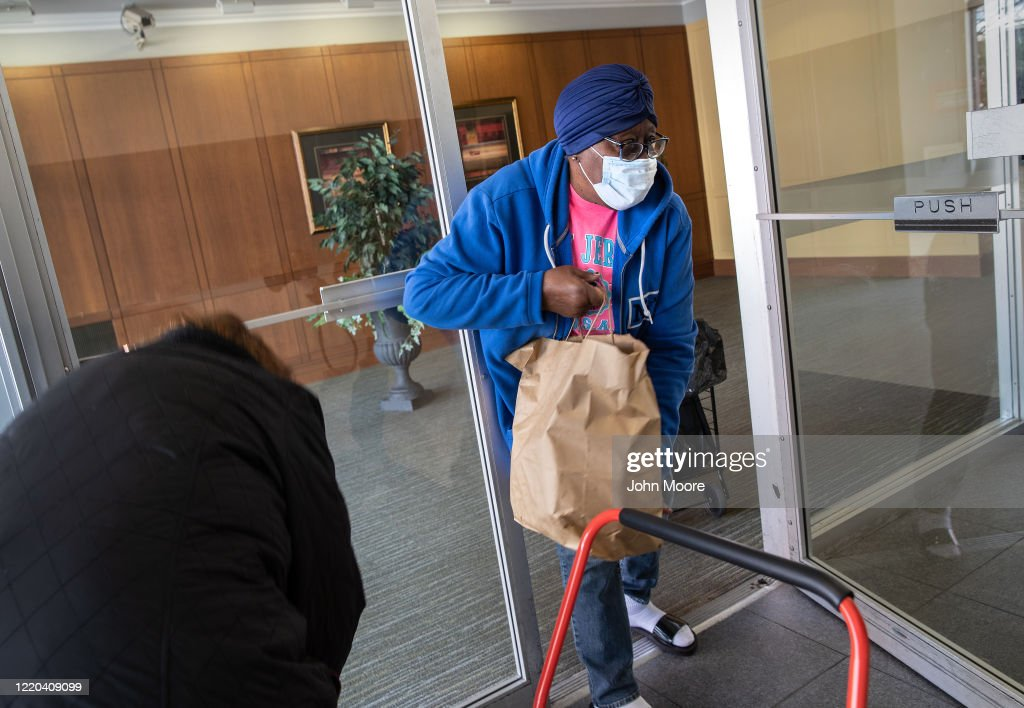 Volunteers Deliver Food To Seniors In Stamford, Connecticut : News Photo