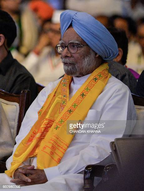Senior Congress leader and exprime minister Manmohan Singh attends the 48th Congress plenary session in New Delhi on March 17 2018 / AFP PHOTO /...