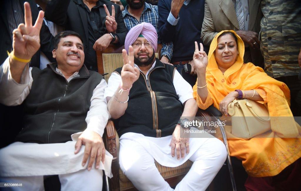 Senior congress leader Harish Chaudhri Captain Amrinder Singh celebrating and Punjab Congress leader Asha Kumari celebrate after landslide victory in.