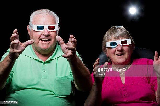 Couple âgé dans un film en 3D