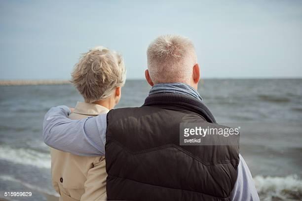 Altes Paar am Meer.