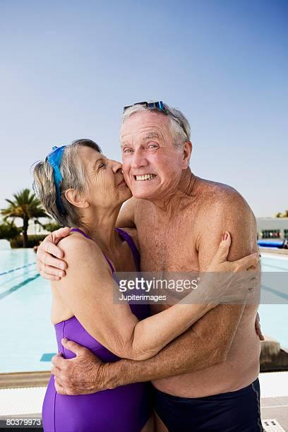 старые женщини траахают мододих парней