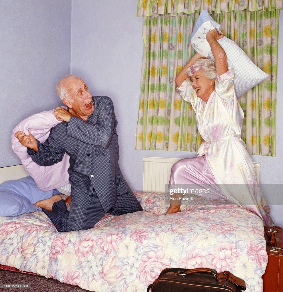 Картинки про стариков смешные